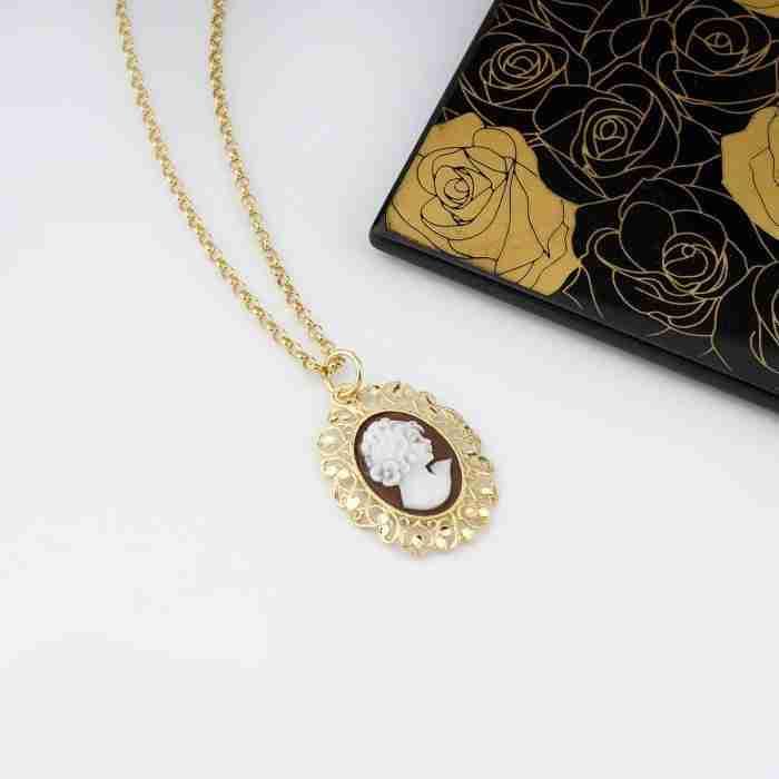 pendente cameo argento e oro smaltato